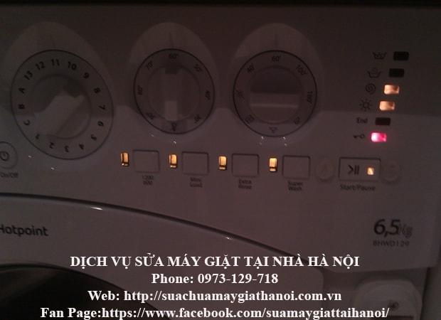 máy giặt electroluc báo lỗi đèn nhấp nháy