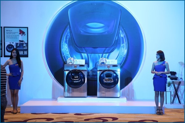 samsung01-Samsung thu hồi 2,8 triệu máy giặt cửa trên